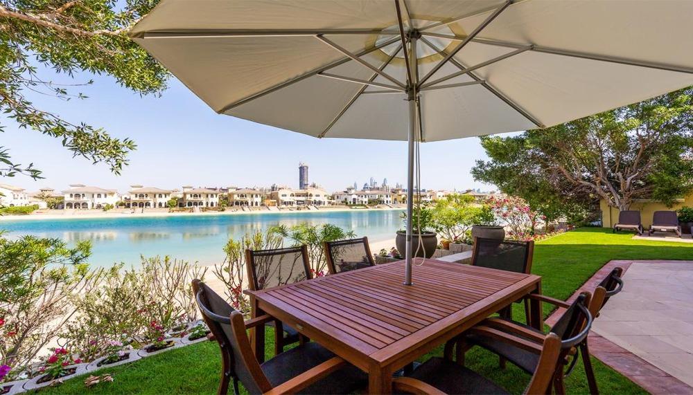 Jumeirah Palm 5 Bedroom Holiday Villa