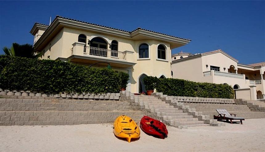 Luxury Beachfront Vacation Houses on the Palm Dubai