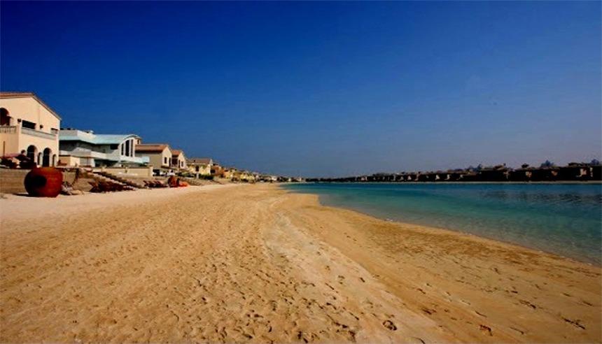Beachfront Vacation Villas to Rent on The Palm Dubai